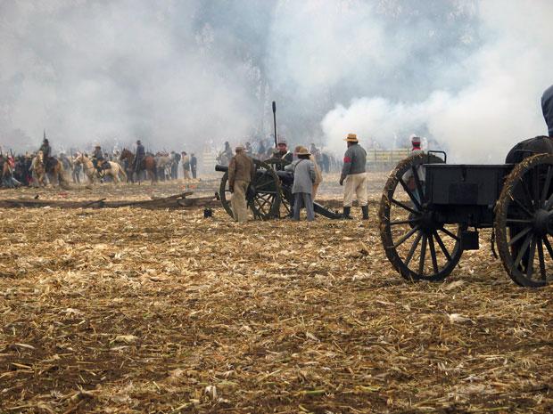 Civil War reenactment at Tierra Rejada Ranch on 11/11/07.