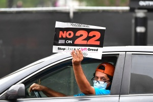 Fact Check: App-Based Companies Pushing Prop. 22 Say Drivers Will Get Health Benefits. Will They?