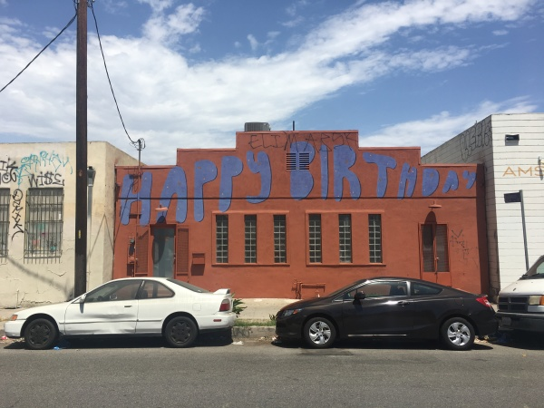 Dear LAist: What's The Deal With The 'Happy Birthday' Building On Glendale Boulevard?