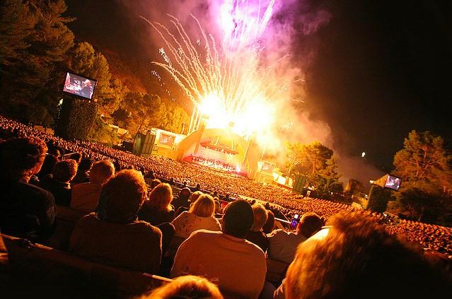 hollywood-bowl-fireworks.jpg