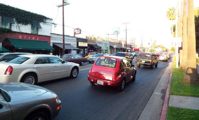 Traffic on Franklin Ave