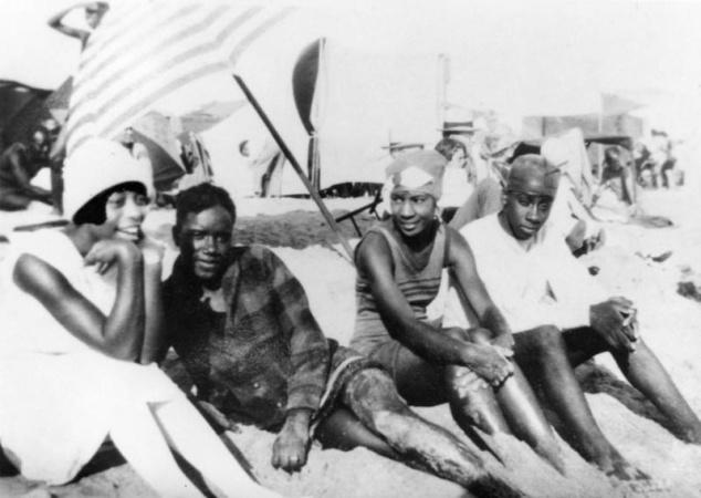 How Racism Ruined Black Santa Monica