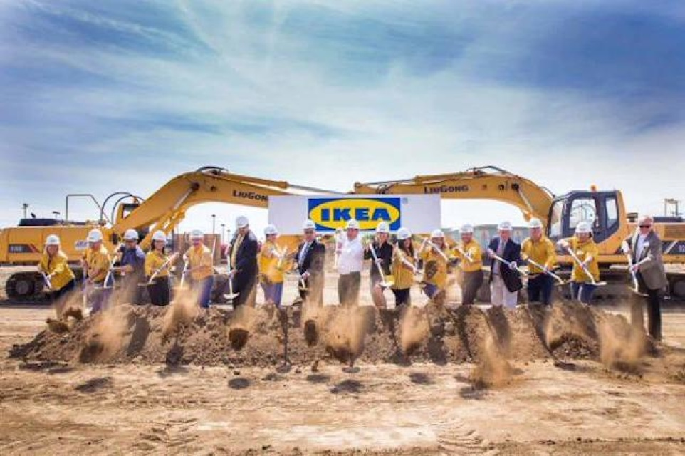 America S Largest Ikea Is Being Assembled In Burbank Laist