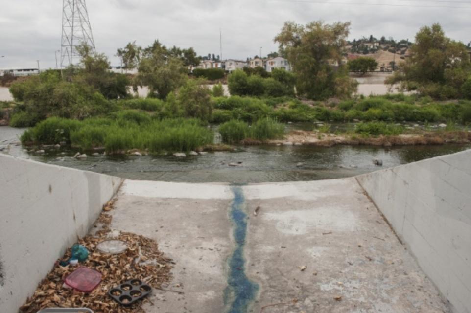 LA River garbage.jpg
