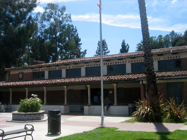 The North Hollywood Branch of the LA Public Library is located in North Hollywood Park, and is named for onetime resident Amelia Earhart