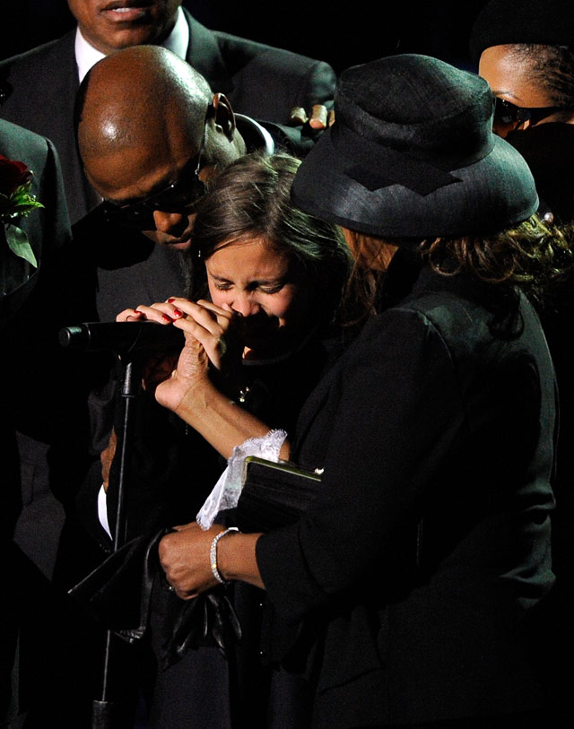 Michael Jackson's daughter Paris made a short and emotional speech at her father's memorial service today