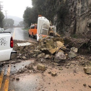 An Atmospheric River Has Arrived In SoCal, Bringing Heavy Rain, Flooding And Rockslides