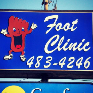 A Complete History Of The Happy Foot/Sad Foot Sign In Silver Lake
