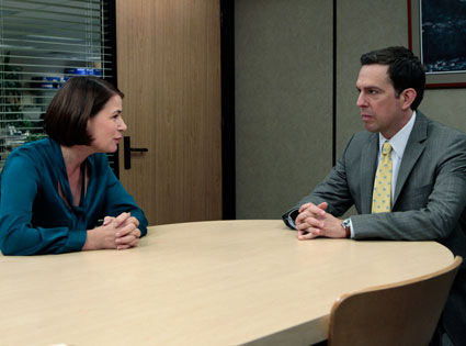 maura-tierney-the-office.jpg