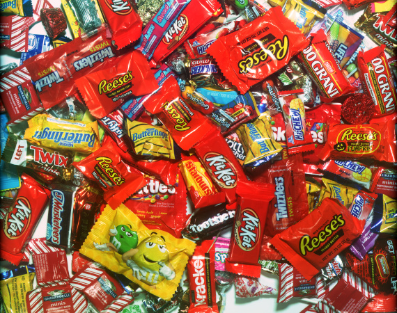 LAist's Ultra Scientific Halloween Candy Ranker Proves Reese's Is The Best Candy Bar Ever
