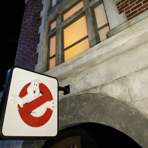 Halloween Horror Nights: A Photo Tour Of The New 'Ghostbusters' & 'Us' Mazes At Universal Studios