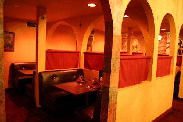Vitello's Interior