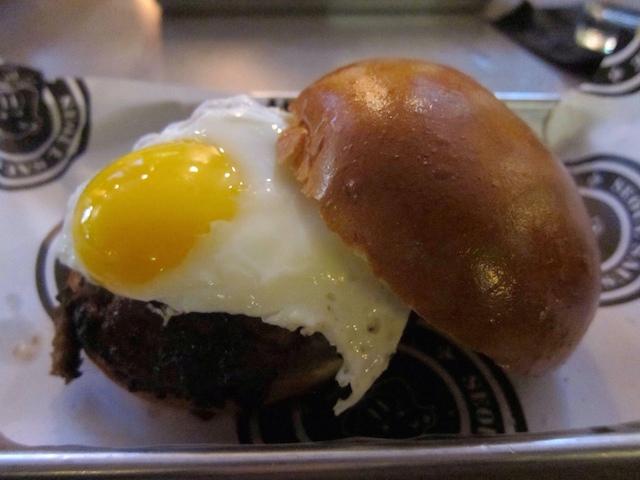 kalbi-burger-seoul.JPG
