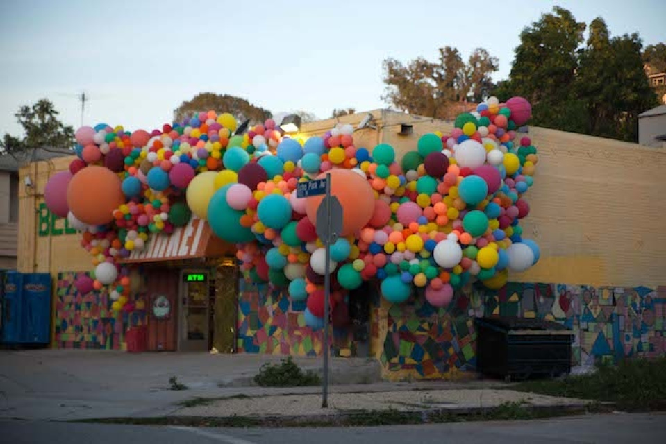 4geronimo balloons echo parkJPG This Womanu0027s Been Covering LA In