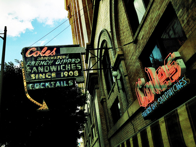 coles-french-dip-exterior.jpg