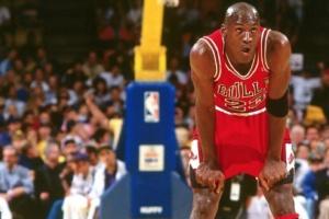 Michael Jordan Relives The Bulls' 'Last Dance'
