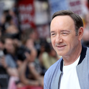 Zachary Quinto, Wanda Sykes, Other LGBTQ Celebs Criticize Kevin Spacey's Statement On Sexual Assault Allegations