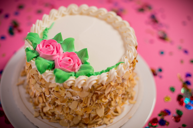 How Phoenix Bakery (And Its Famous Strawberry Cake) Survived 80 Years in Chinatown