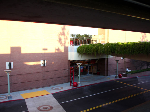 Three-Story Target Opens in Glendale and No One's There to