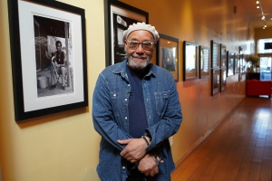 Virtual Exhibit: The Photos Of John Simmons Capture The Beauty And Struggles Of Black Americans