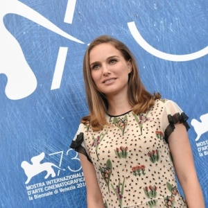 Natalie Portman Made A Documentary About Cow Mucus, Swine Feces And Other Reasons You Shouldn't Eat Meat
