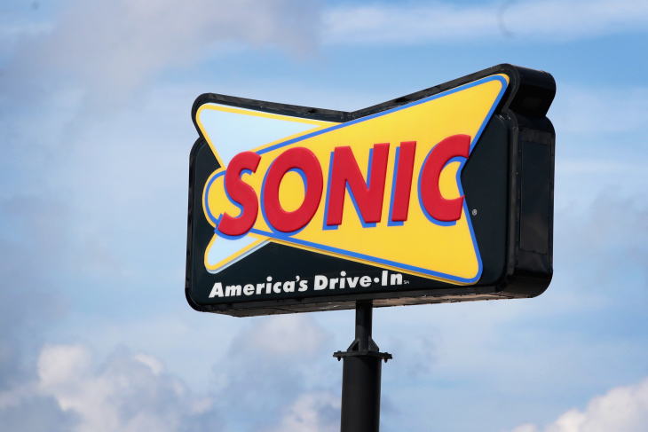 Sonic Hours Near Me >> Dear Laist Why Aren T There Any Sonic Drive Ins In La Laist