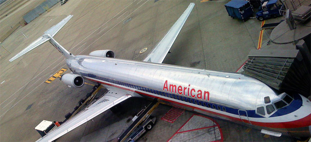 american airlines grounds another 850 flights