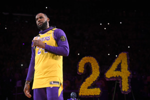 LeBron James Goes Off-Script To Speak To Laker Nation At First Game Since Kobe's Death