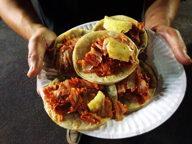 tacosleo.jpg