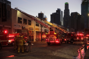LA Fire May Seek Help From Feds In Investigation Of Massive Fire That Injured 12 Firefighters