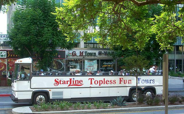 starline-tours-vehicle.jpg