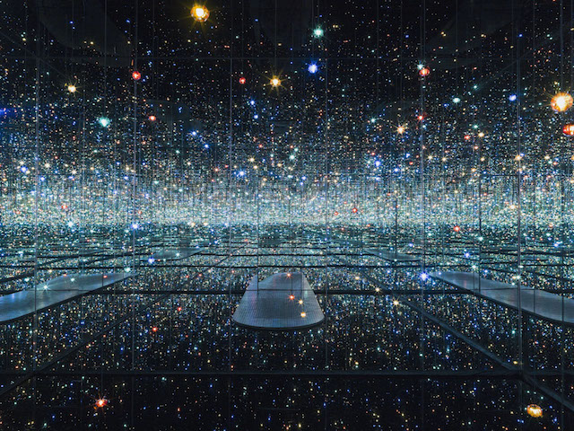 Kusama_Infinity Mirrored Room.jpg