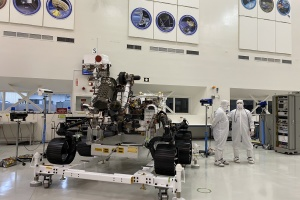 We Got A Sneak Peek At JPL's Mars 2020 Rover Before It Heads To Its Launch Site, And It's Rad