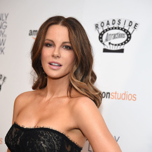 Kate Beckinsale Says A Bathrobe-Wearing Harvey Weinstein Sexually Harassed Her At 17