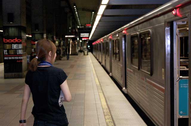 Surprise, the Red Line Subway runs after 1 a m : LAist