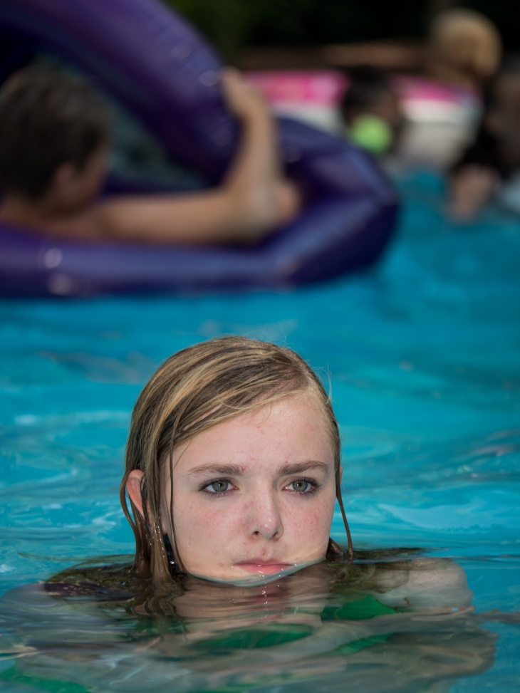 Elsie Fisher in the pool in Eighth Grade