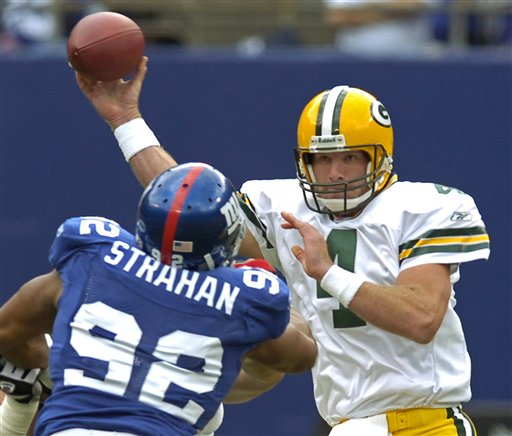 Brett Favre will have a packed Pickwick Pub cheering him on while Michael Strahan and the Giants will have a crowd of fans at Rick's Tavern behind them