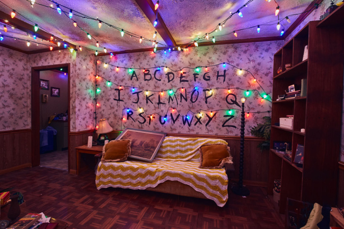 Now You Can Visit The 'Stranger Things' Maze At Universal -- Without The Jump Scares