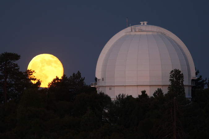 What We'll Lose If The Mt. Wilson Observatory Burns