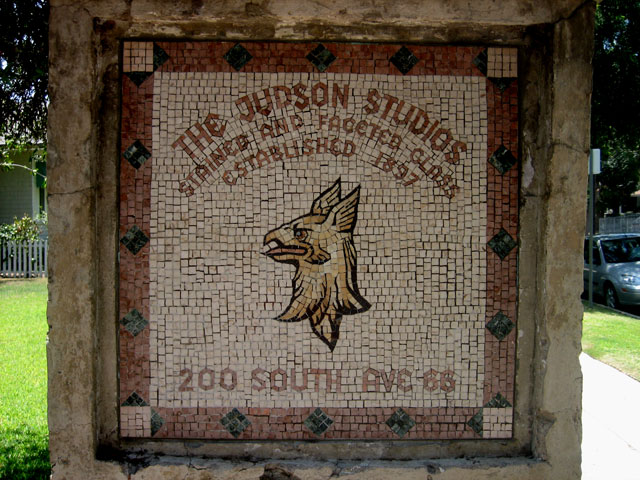 The mosaic sign-post welcoming you to the Judson Studios