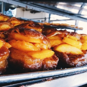 Those Glorious Peach-Stuffed Doughnuts Are Back At The Donut Man