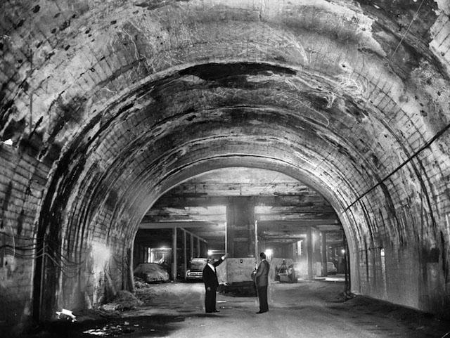 undergroundsubwaytunnels.jpg