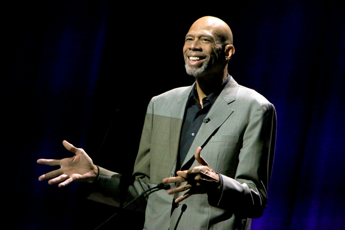 Yes, Lakers Legend Kareem Abdul-Jabbar Is Writing For Veronica Mars