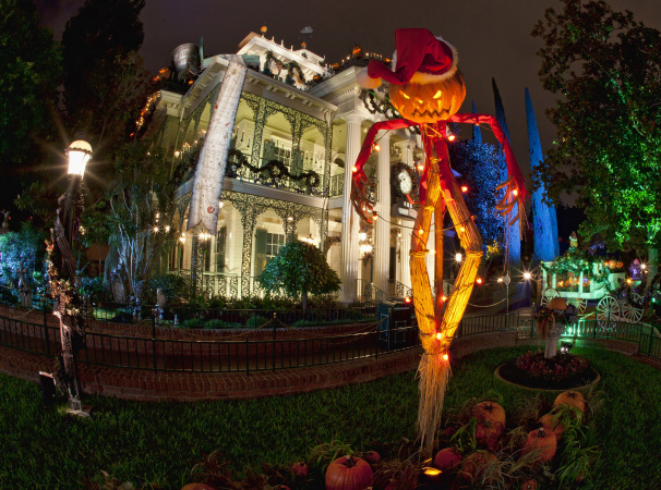 This Is Halloween... At Disneyland. Here's What It Looks Like Now At The Spookiest Place On Earth