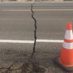 The Ridgecrest Earthquake Split Open The Desert And We Went To Look At The Crack