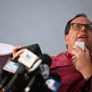 LA Teachers Went On Strike Monday. Their Union and LAUSD Will Resume Contract Talks Today