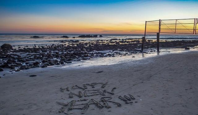 happynewyear-beach.jpg