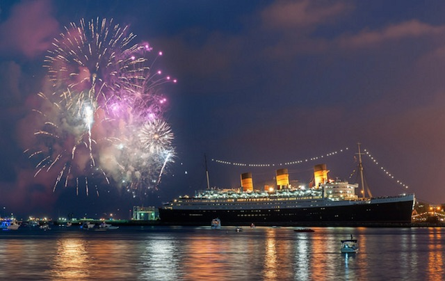 queen-mary-fireworks2.jpg