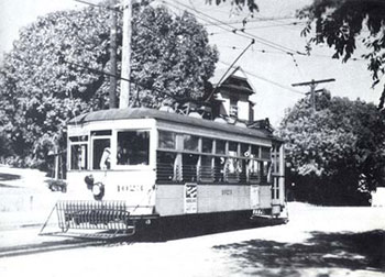 AHTrolleyHistoric.jpg