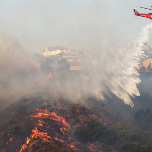 LA Declares Emergency As Saddleridge Fire Forces 100,000 People From Their Homes